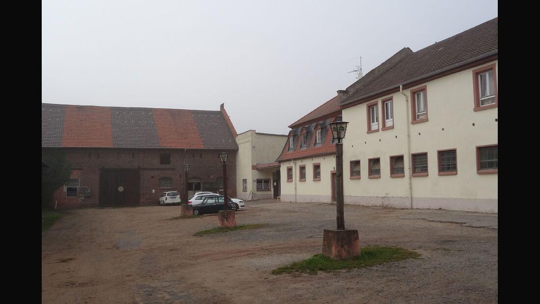 CAV-0212-Reitschultest-Hessen-Darmstaedter-Reitverein-Innenhof (jpg)