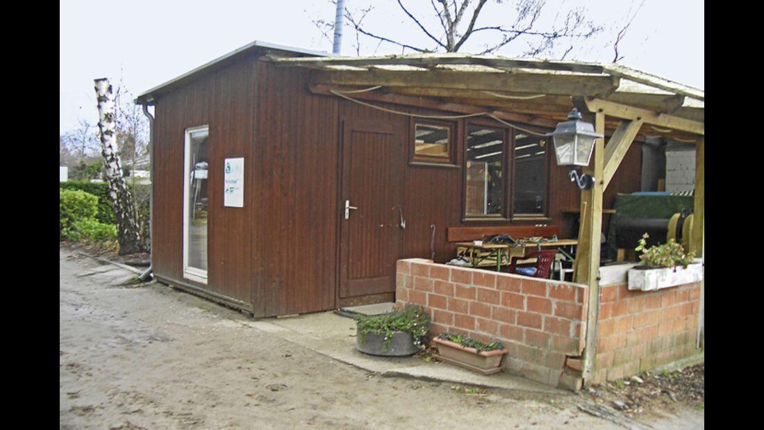 CAV-0312-Reitschultest-Lohausen-außen (jpg)