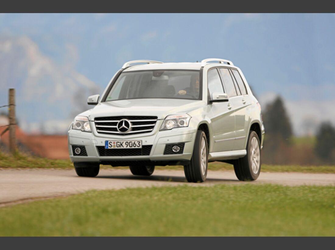 CAV 0911 Zugfahrzeuge perfektes Auto - SUV - Mercedes GLK