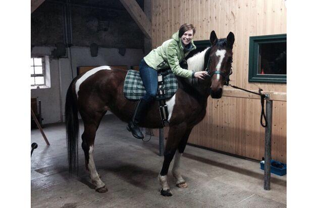 CAV Abzeichen Pferde Leserfotos Sarah Grontzki