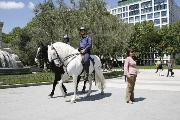 CAV Caballeria Madrid Polizei-Reiter 02
