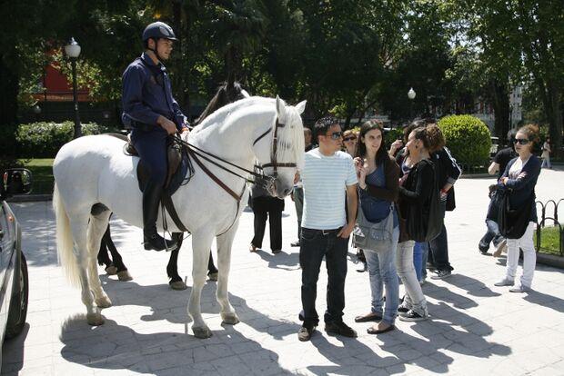 CAV Caballeria Madrid Polizei-Reiter 07