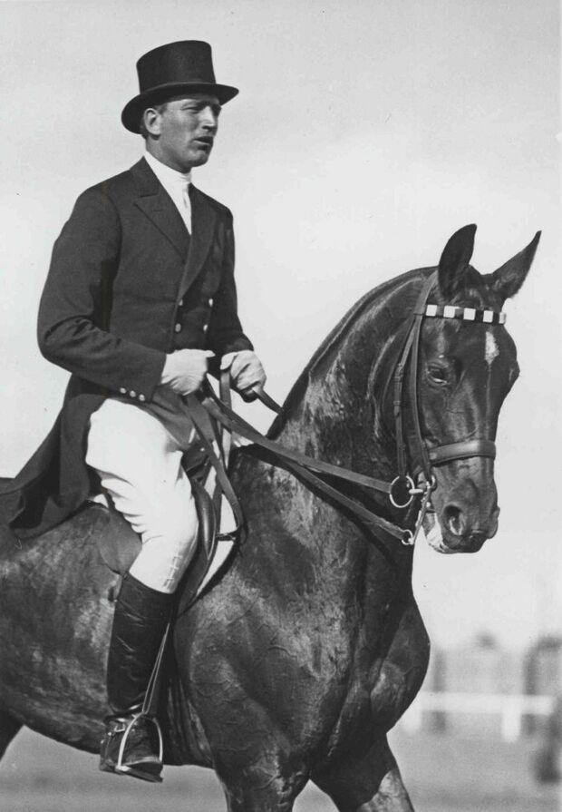 CAV Deutsches Pferdemuseum Olympia  Dressur Carl Friedrich Freiherr von Langen