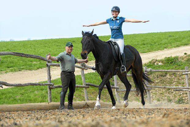 CAV Dressur Horsemanship 2