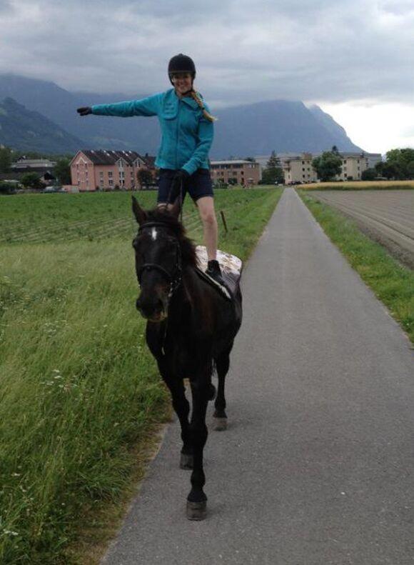 CAV-Fan-Pferde-Leseraktion-2013-Artus (jpg)