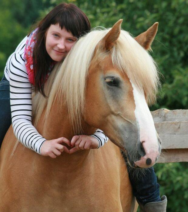 CAV-Fan-Pferde-Leseraktion-2013-Michelle (jpg)