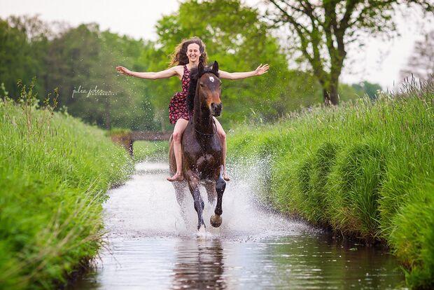 CAV Fotowettbewerb BR Pferde baden Lisa Röckener