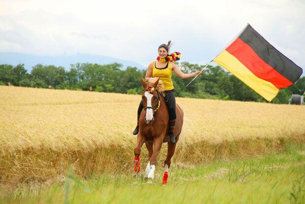CAV Fotowettbewerb BR ballverrückte Pferde Jessica Thomann