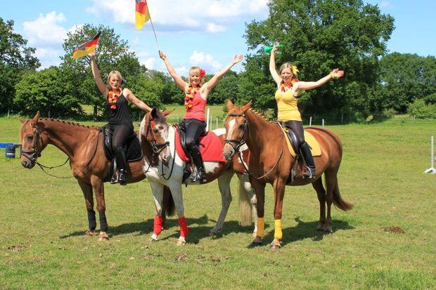CAV Fußball-WM mit Pferden Arndt