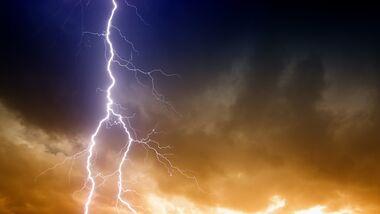 CAV Gewitter Unwetter Blitz Colourbox