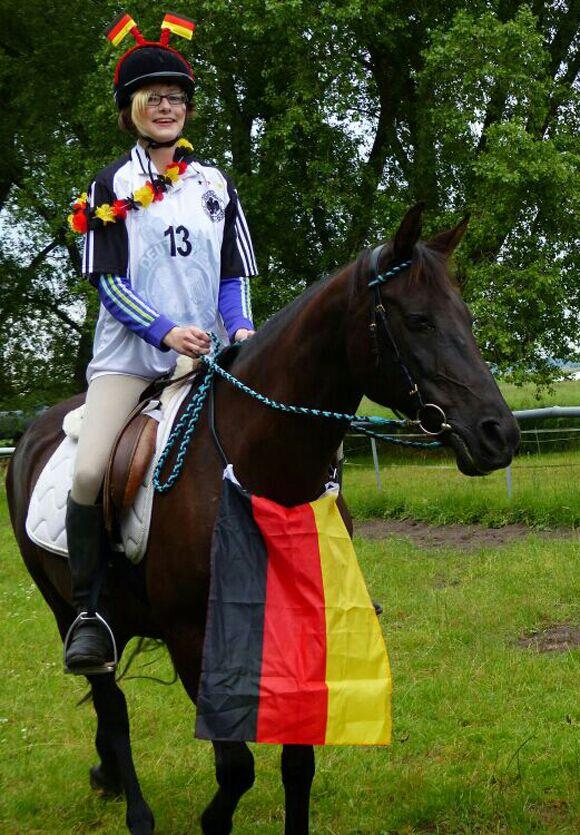 CAV-Leserfoto-WM-2014-Deichmann
