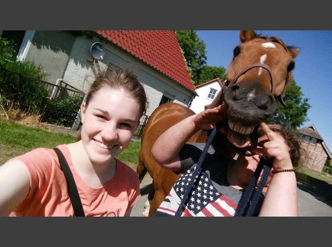 CAV Leserfotos Selfies Pferde Gina