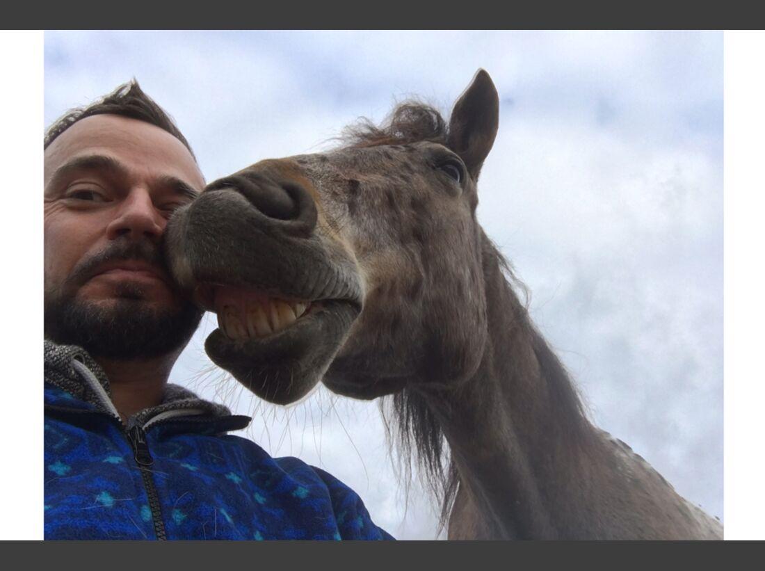 CAV Maenner lieben Pferde Pferde-Hoschi