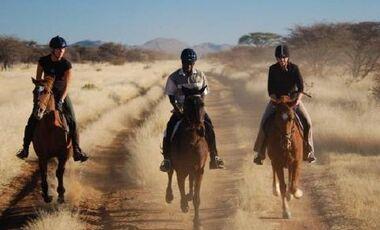 CAV Namibia Wanderritt_02