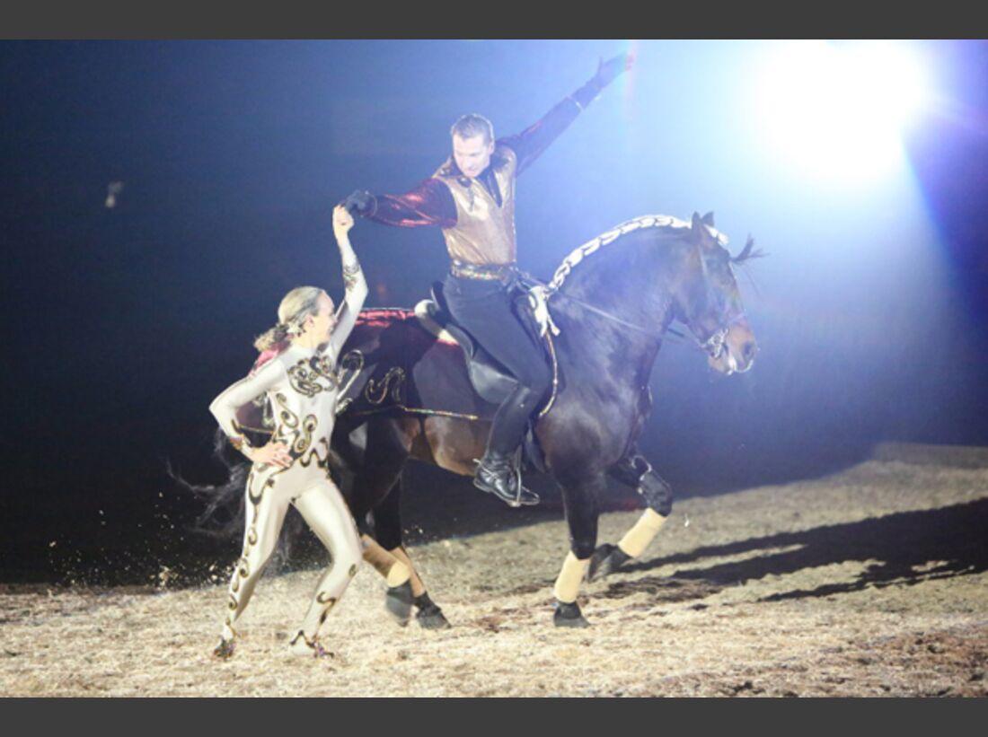 CAV Oliver Jubin Tanzende Beine Show 20