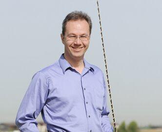 CAV-Pferd-begruessen-Experte-Ritter-Thomas (jpg)