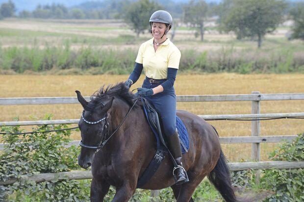 CAV Pferd und Jagd Tine Hlauscheck