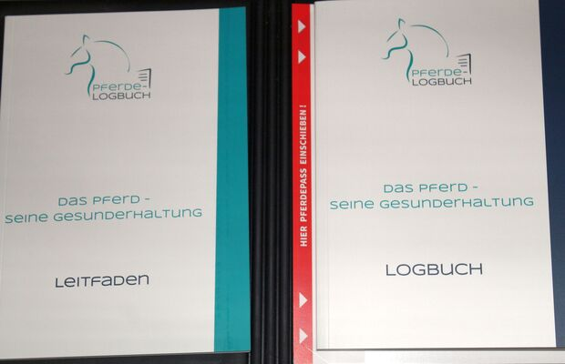 CAV Pferde Lobuch Cover