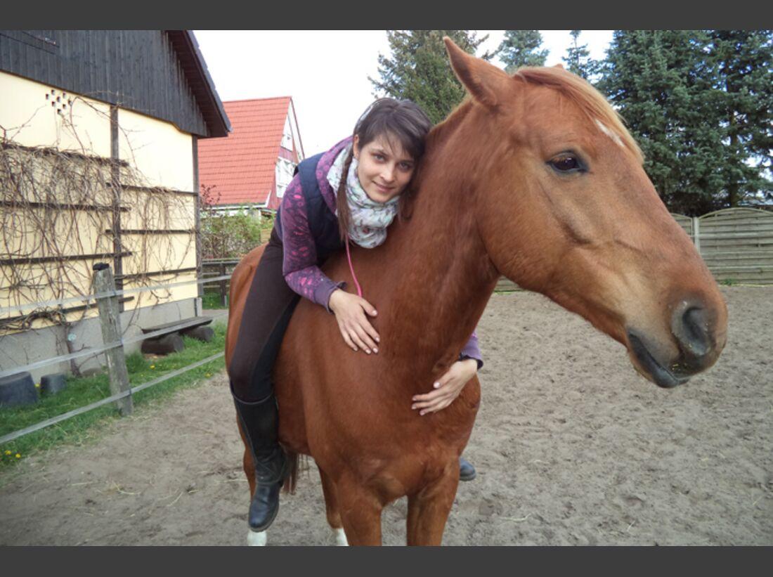 CAV-Pferde-Selfie-Leseraktion-2014-Lisa (JPG)