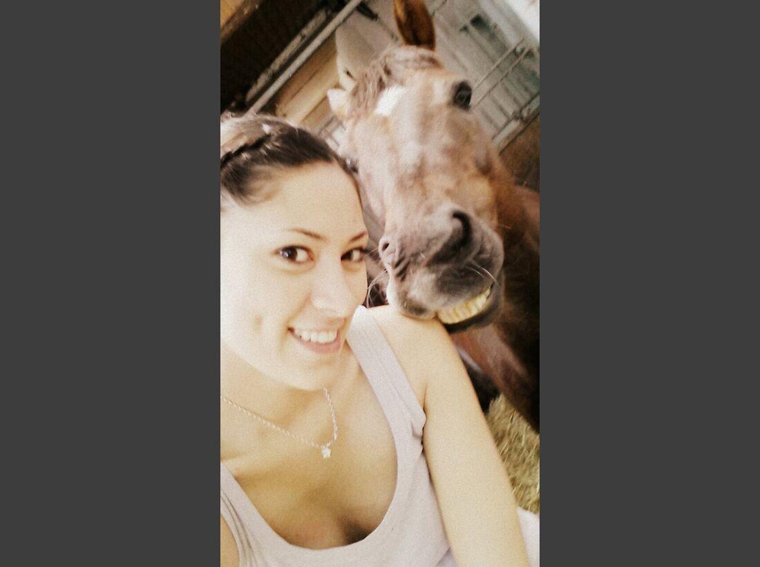 CAV-Pferde-Selfie-Leseraktion-2014-Nadja-Branovics (jpg)